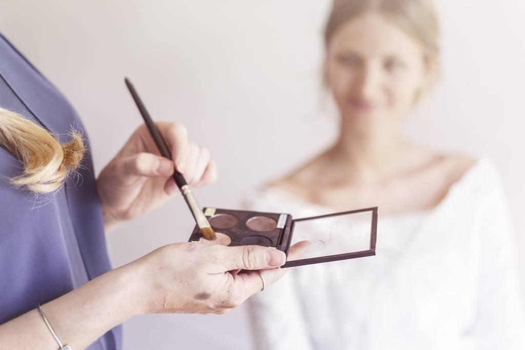 schminkkurs für anfänger ¦ schminktipps privat ¦ makeup kurs ¦ Visagist Kathrin Pützer